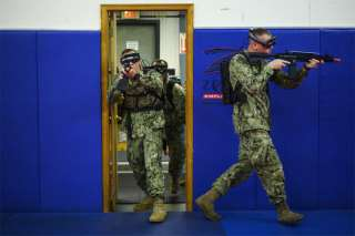 Sailors Use Augmented Reality to Train for Combat