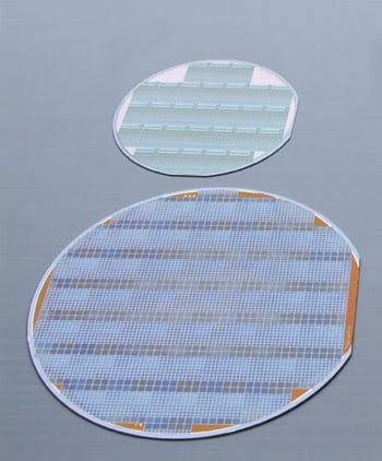 SensL_Fig3_100mm_150mmSiliconWafers.jpg