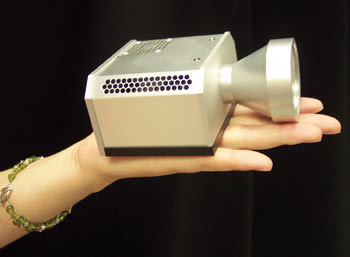 SuperImaging_Fig3_2colorprojector.jpg