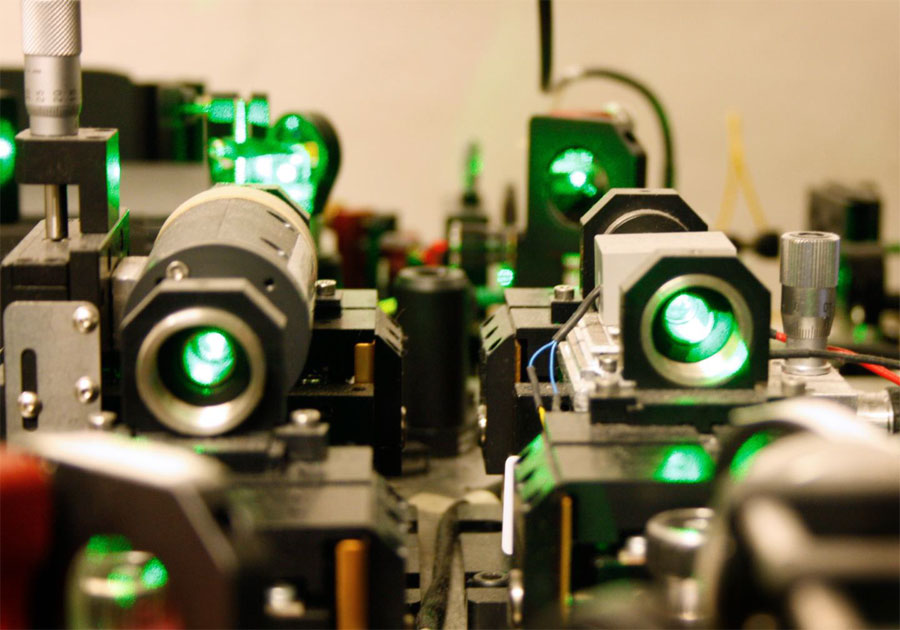 Single photon reveals quantum entanglement of 16 million atoms, University of Geneva.