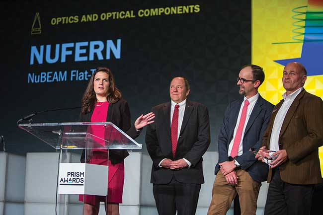 Nufern engineers accept a 2017 Prism award for their NuBEAM Flat-Top fiber technology.