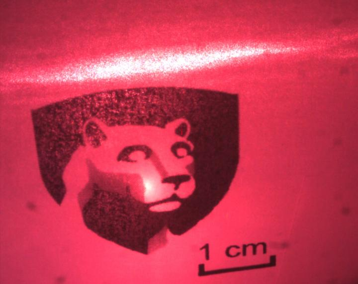 Hybrid Perovskite Material Could Be Key to Making Organic Diode Lasers