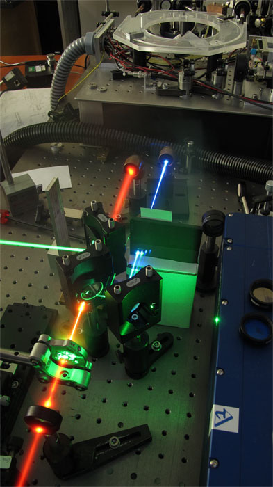 Miniature tripler for fs laser pulses. University of Warsaw