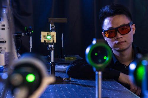 Rice University graduate student Yicheng Wu demonstrates the SAVI prototype.