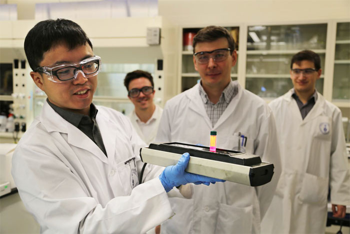 University of Toronto colloidal quantum dots research team.