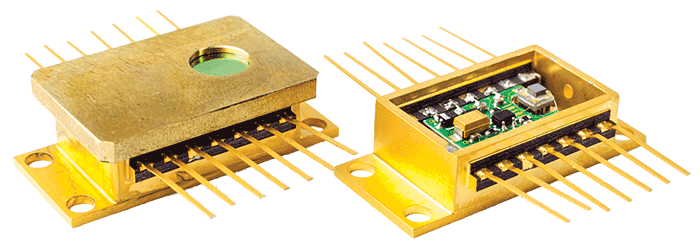 Miniaturized integrated detection modules for fast applications (0.5 to 2 GHz).