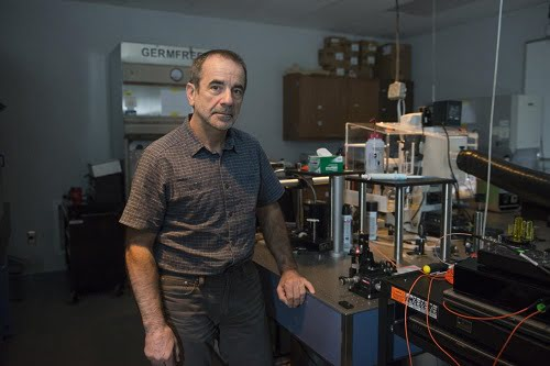 University of Central Florida Professor Aristide Dogariu led a research team that conducted the first demonstration of an elastic scattering, near-field experiment performed on a single layer of atoms.