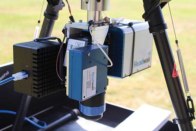 The HyperCore data hub synthesizes and stores the data streams coming from the SWIR hyperspectral sensor, the GPS/IMU, and other connected instruments.