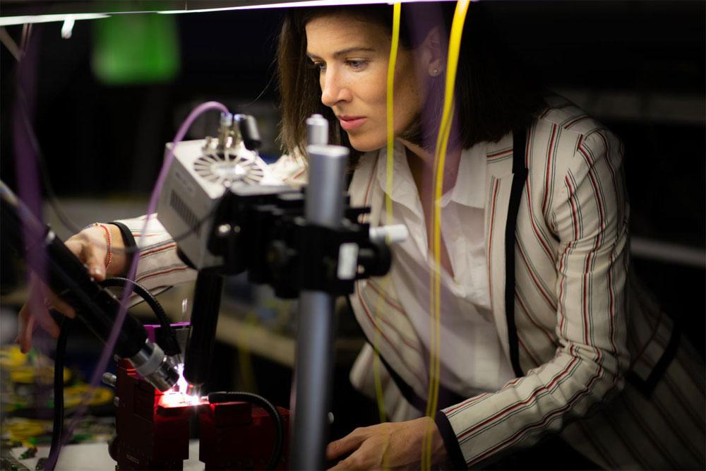Andrea Blanco-Redondo in her photonics laboratory at the Sydney Nanoscience Hub at the University of Sydney. Courtesy of Jayne Ion/University of Sydney.