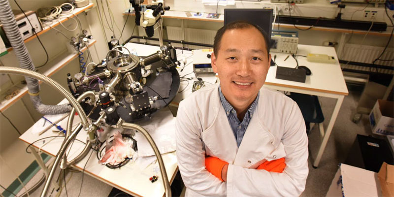 Feng Gao, associate professor at Linköping University, Sweden, is leading the research into how to build more efficient organic solar cells. Courtesy of Göran Billeson.