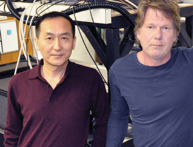 Chunlei Guo and Rubins J. Spaans in the lab in Rochester, N.Y. Courtesy of Chunlei Guo.