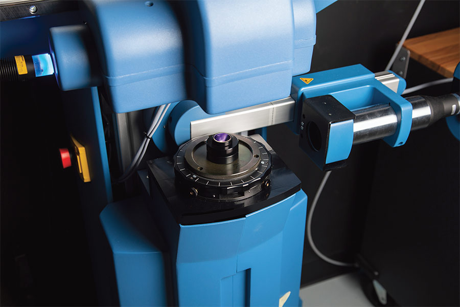 A commercially available modulation transfer function (MTF) test station from Trioptics tests an imaging lens. Courtesy of Edmund Optics Inc.