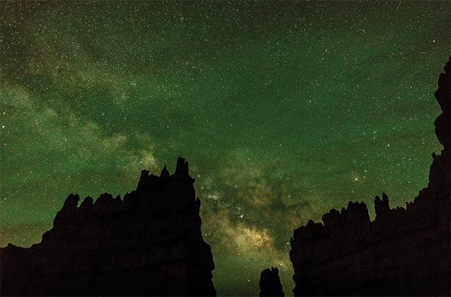 Image of green airglow in Bryce Canyon, Utah. Courtesy of Jack Jewell.