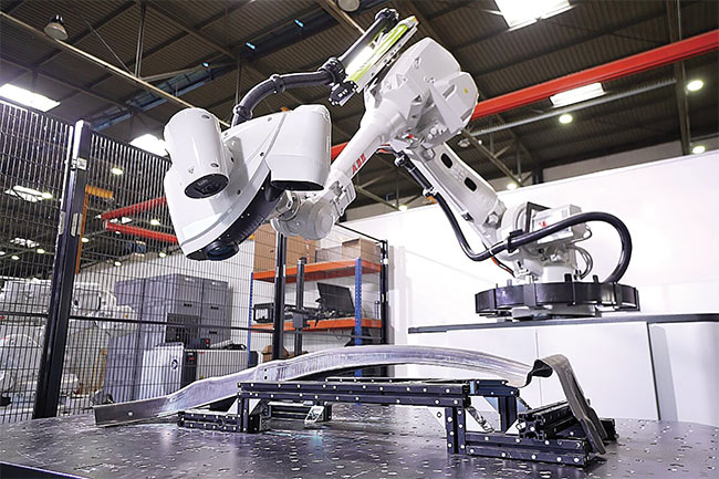 A growing trend in auto manufacturing inspection, 3D vision improves quality checks as well as the ability of robots to pick up random parts and avoid objects. Courtesy of AB Robotics.