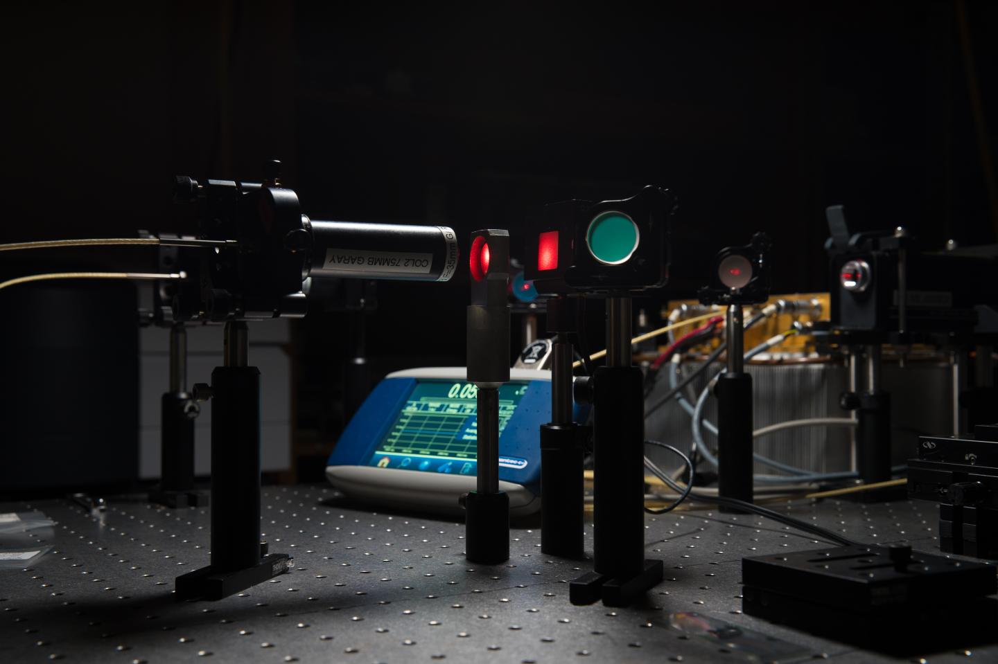 Laser setup used to test and measure the transparency of ceramic materials. Courtesy of David Baillot/UC San Diego Jacobs School of Engineering.
