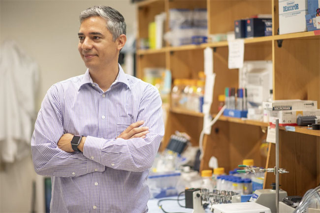 Clemson University biophysics associate professor Hugo Sanabria and an international team of researchers have demonstrated new optical imaging methods that may someday aid in structure-guided drug design. Courtesy of Ken Scar, Clemson University.