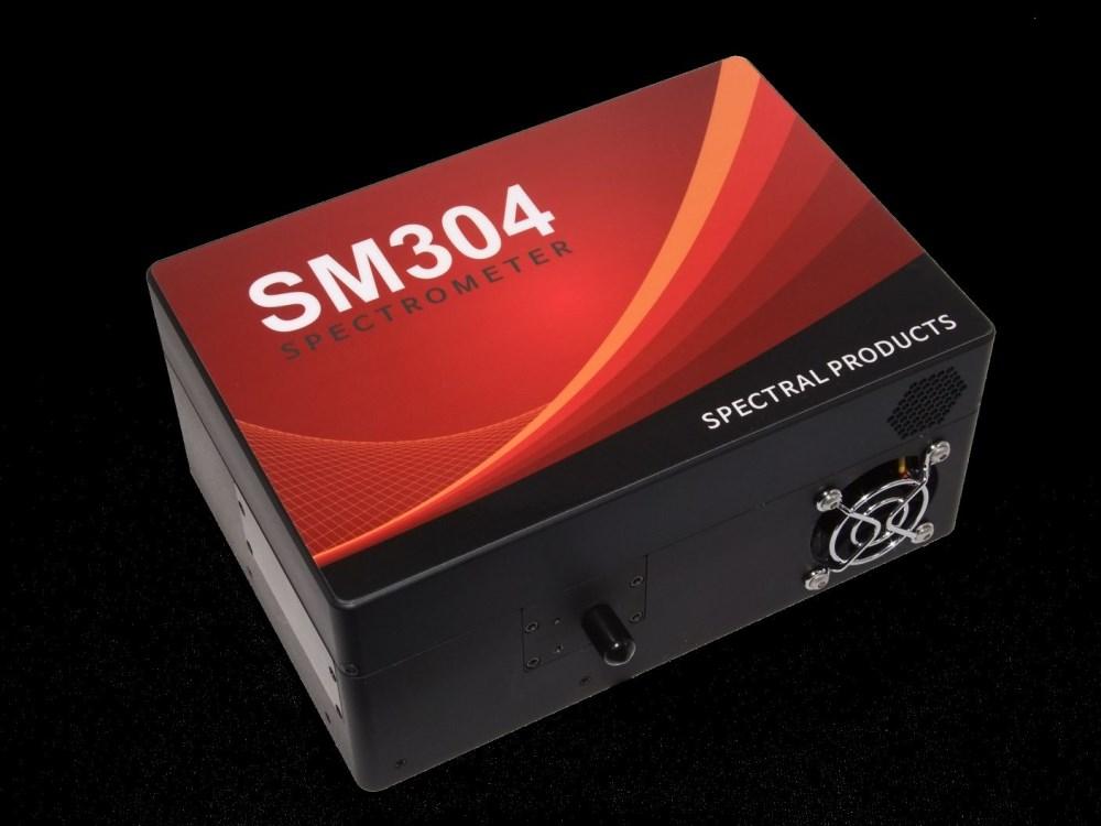 SM304