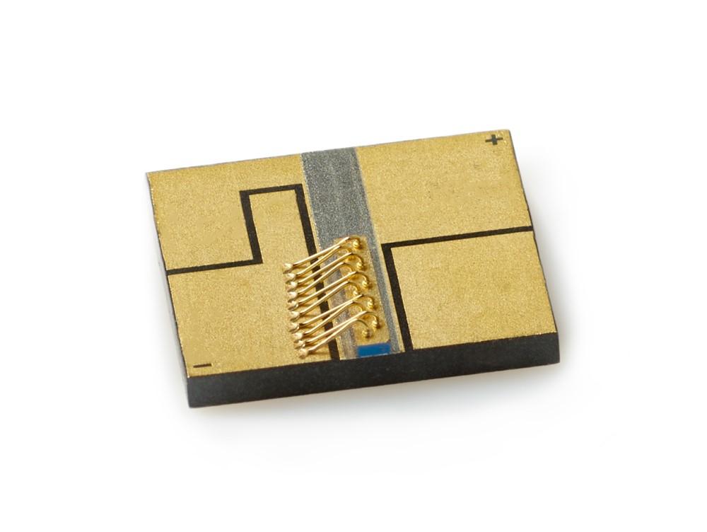 High-Power Single-Mode Chip