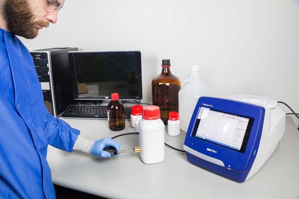 Portable Raman Spectrometer