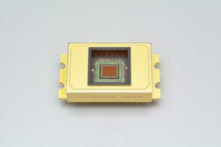 InGaAs Image Sensors for NIR