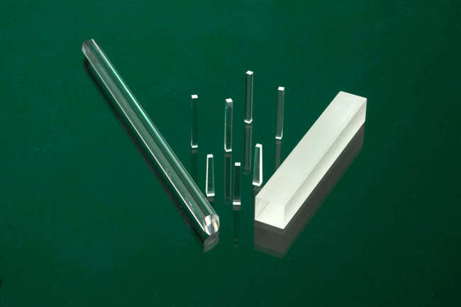 Light Pipes and Homogenizers