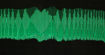 Frequency Combs Reverse Crosstalk, Extend Range of Fiber Transmission